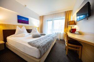 Hotel Pestera 4*, cota 1610, Agentie de turism Constanta